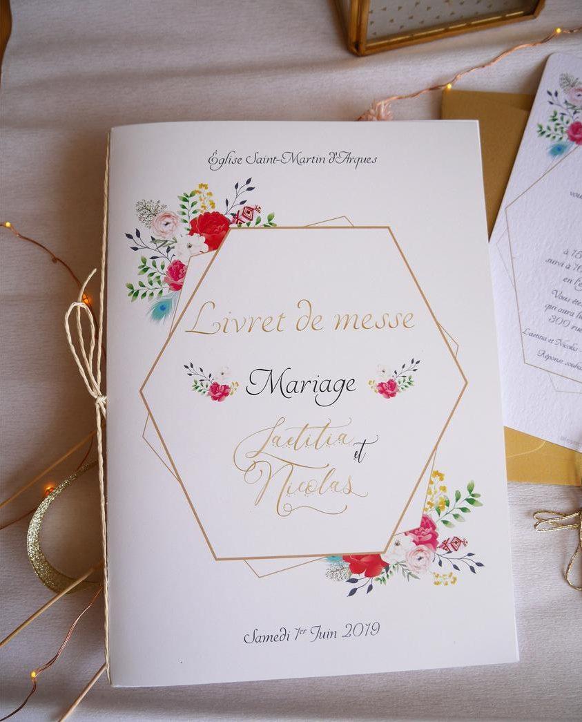 Livret de cérémonie hexagone doré fleurs