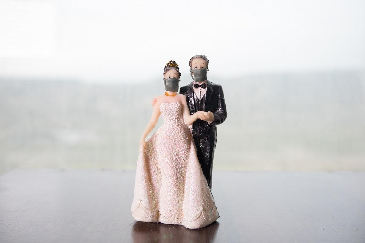Mariage et Covid-19 : sélection de masque, gels hydroalcooliques et affiches personnalisées