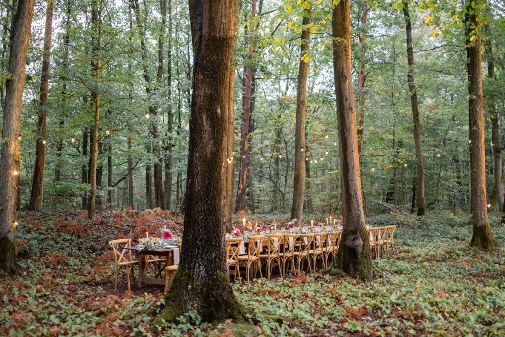 Un mariage bohème en forêt // Shooting d'inspiration publié sur Jolies Cérémonies