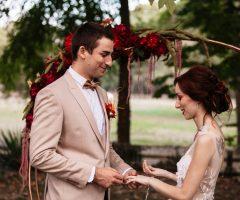 Shooting d'inspiration pour un mariage au cœur de l'automne